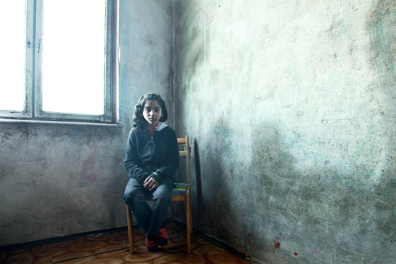 Lunik IX, a young roma girl whose ambitions is to study.